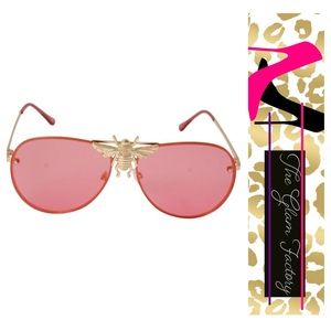 Bee 🐝 Pink Aviator Sunglasses